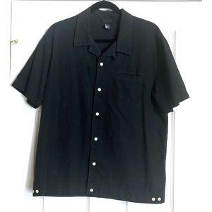 H&M Black Short Sleeve button up shirt